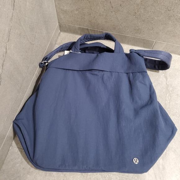 BNWT On My Level Bag 19L